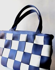 NAUTICAL PURSES & HANDBAGS– THAT PERFECT ACCESSORY TO COMPLETE YOUR OUTFIT